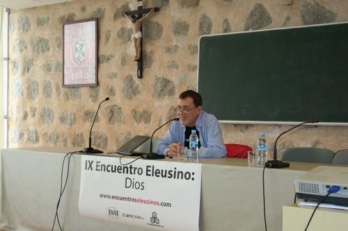 «Dios: el sustantivo que no admite adjetivos», con Fernando Sánchez Dragó
