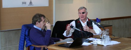 «Destrucción y reconstrucción de la identidad nacional», con José Javier Esparza
